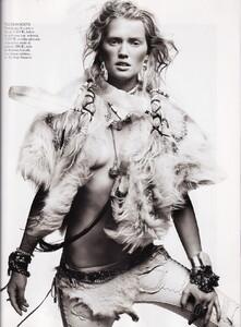 Lubomirski_Vogue_Spain_April_2011_06.thumb.jpg.0c4141065983b2d1a4f27e4db2096ed6.jpg