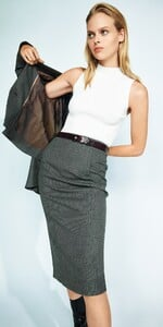 Melange-Pencil-Skirt-T10140-W20_1000x2000_637158205583000001_T10140-W20-930-2-editorial.jpg