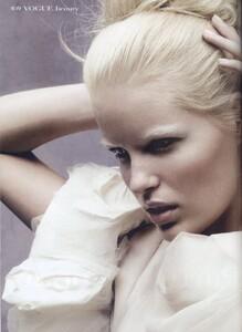 Vogue-China-Dec-2005-beauty-2.jpg