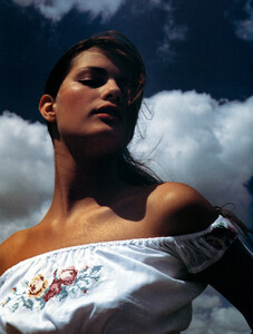 Vogue_Brasil_n268_2000_phJacquesDequeker_IsabeliFontana_06.JPG