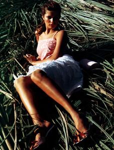 Vogue_Brasil_n268_2000_phJacquesDequeker_IsabeliFontana_08.JPG