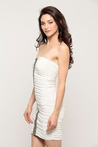 clothing-dresses-ribi-d5146_white_3.jpg
