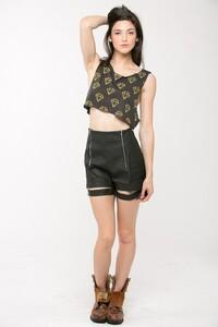 clothing-tops-sleeveless-rr-rt2896-1_black_4.jpg
