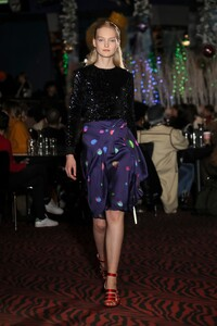 00045-koche-new-york-pre-fall-2019-credit-indigital.thumb.jpg.1b9a59611370f134047b05937f8e5abd.jpg
