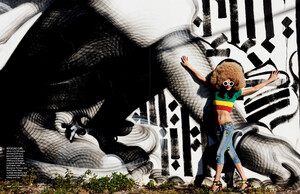 buerony - Elle Italia (March 2010) - Graffiti Art - 007.jpg
