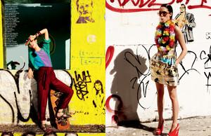 buerony - Elle Italia (March 2010) - Graffiti Art - 006.jpg