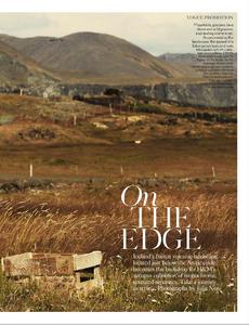 Noni_UK_Vogue_November_2012_Supplement_05.thumb.png.48032be7858ea60a00eba9d8162e49d5.png