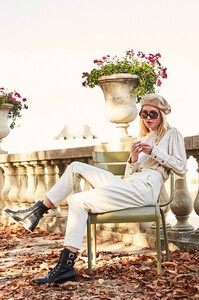 ROWIE_Postcards-A_W_Florence-Blouse-Biscotti_085.jpg
