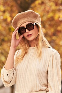 ROWIE_Postcards-A_W_Florence-Blouse-Biscotti_1482.jpg