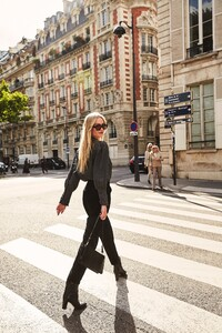 ROWIE_Postcards-A_W_Florence-Blouse-Charcoal_050.jpg