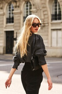 ROWIE_Postcards-A_W_Florence-Blouse-Charcoal_416.jpg
