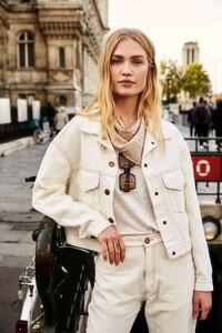 ROWIE_Postcards-A_W_Giselle-Jacket-Off-White_109.jpg