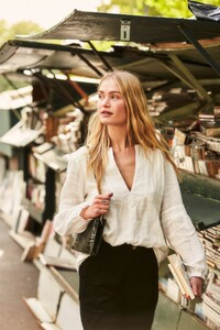 ROWIE_Postcards-A_W_Lina-Blouse-Natural_353.jpg