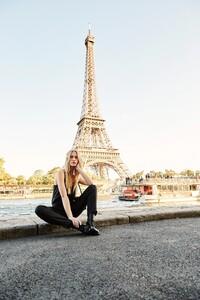 ROWIE_Postcards-A_W_Lucie-Pants-Noir-Linen_200.jpg
