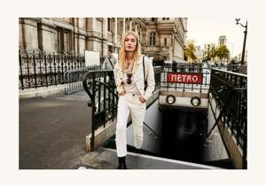 ROWIE_Postcards-A_W_Tilda-Jeans-Off-White_161-2.jpg
