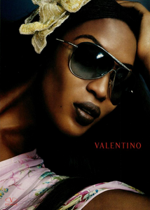 Testino_Valentino_Eyewear_Spring_Summer_2004.thumb.png.0a6e19c62ac4a58768014cfa1724a89b.png