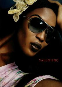 Testino_Valentino_Eyewear_Spring_Summer_2004.thumb.png.9e87bce2f1f9679de8a49e48f94601d4.png