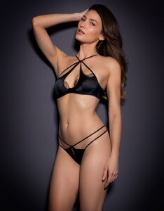 agent-provocateur-black-robyn-thong-black-product-4-348799633-normal.jpeg