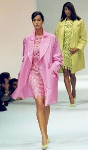 look-laura-biagiotti-1995.jpg