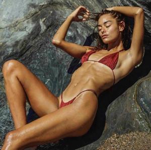 "Screenshot_2020-06-16 Olga Estupinan on Instagram ""Laying low #relax #dayoff #espana🇪🇸 #✨ #💫 #☀️"".png"