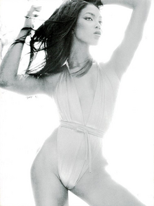 245115259_Sexy_Cos_Meisel_Vogue_Italia_December_1994_05.thumb.png.c61ae88a1730c75a16d5a79dcfb79ba0.png