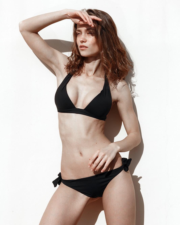 https://www.bellazon.com/main/uploads/monthly_2020_06/964133415_KaterinaKovalchyk45.jpg.b19d161517d5baa6b9e74f634103689f.jpg