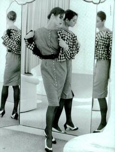 Garrett_Vogue_Italia_February_1987_02_05.thumb.png.e6dcbd2bfc96a3b300888b8fff9b48b7.png
