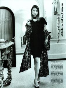 Garrett_Vogue_Italia_February_1987_02_06.thumb.png.51d2e7e6053e3b68427ad2051f1ecdb1.png