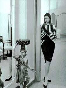 Garrett_Vogue_Italia_February_1987_02_10.thumb.png.fafb91e5cda2d9c5fb1c1ab87a83b182.png