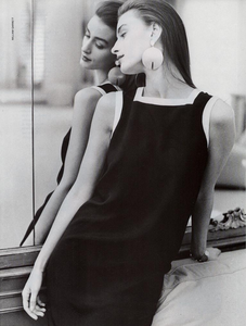 Garrett_Vogue_Italia_February_1987_02_12.thumb.png.d8fa89b30b7d1a84da331b502bc72064.png