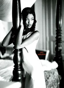 Vera_Seduzione_von_Unwerth_Vogue_Italia_May_1994_01.thumb.png.833071eb512c89df4c611c8307f4c8e3.png