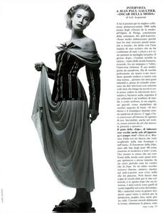Watson_Vogue_Italia_February_1988_01_02.thumb.png.62805d74c98f622feca69641af20ba1b.png