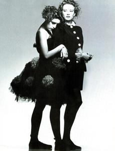 Watson_Vogue_Italia_February_1988_01_11.thumb.png.555f02ff32ed8178db407e34f8917008.png