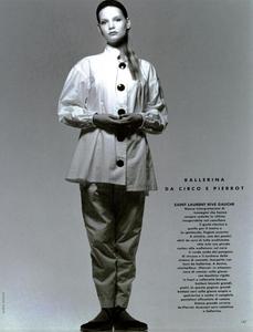 Watson_Vogue_Italia_February_1988_01_12.thumb.png.27d3f350a5b090f3acc353aabfa8b9ea.png