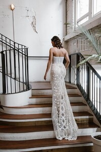 cindy-fitted-lace-wedding-gown-.jpg