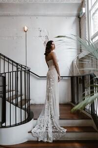 cindy-lace-train-wedding-dress.jpg