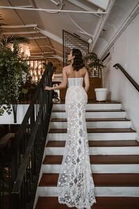 cindy-strapless-lace-wedding-dress.jpg