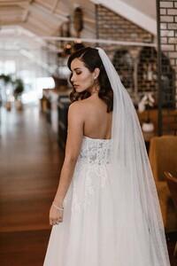 demi-princess-sparkle-veil-wedding-gown.jpg