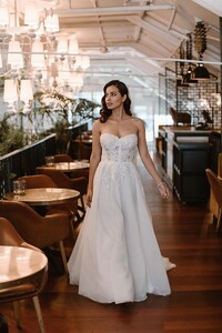 demi-tulle-lace-princess-gown.jpg