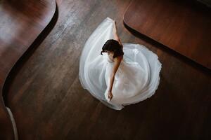 demi-wedding-dress-tulle-skirt-princess.jpg