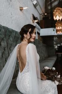 jamieson-open-back-sparkle-wedding-gown.jpg