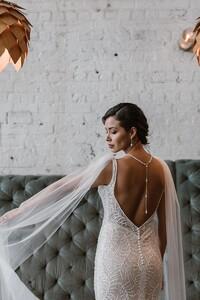 jamieson-open-back-wedding-dress.jpg