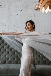 jamieson-v-neck-straps-wedding-gown.jpg