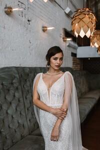 jamieson-vintage-sparkle-wedding-gown.jpg