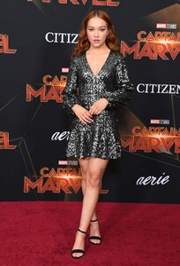 sadie-stanley-captain-marvel-premiere-in-hollywood-4.jpg