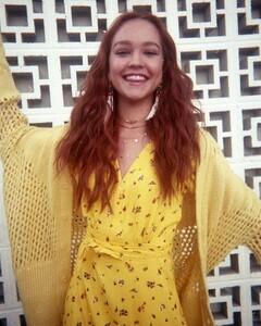 sadie-stanley-in-seventeen-magazine-mexico-june-2019-14.jpg
