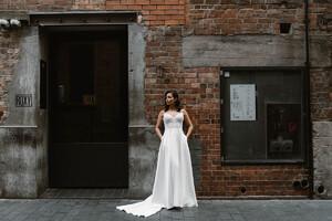 suri-beaded-plain-skirt-wedding-gown.jpg