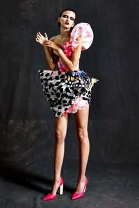 00004-RDVK-Couture-Fall-20-credit-Marijke-Aerden.thumb.jpg.31d4e32c08ae3802a786714632b95c02.jpg
