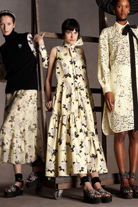 00016-Erdem-Pre-Fall-20.thumb.jpg.667d9a44554aac2be8882baa144c8377.jpg