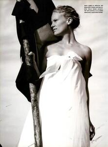 ARCHIVIO - Vogue Italia (June 1999) - Joie de Vivre - 013.jpg